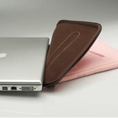 "Husa laptop booq Taipan Skin M 15"" roz"