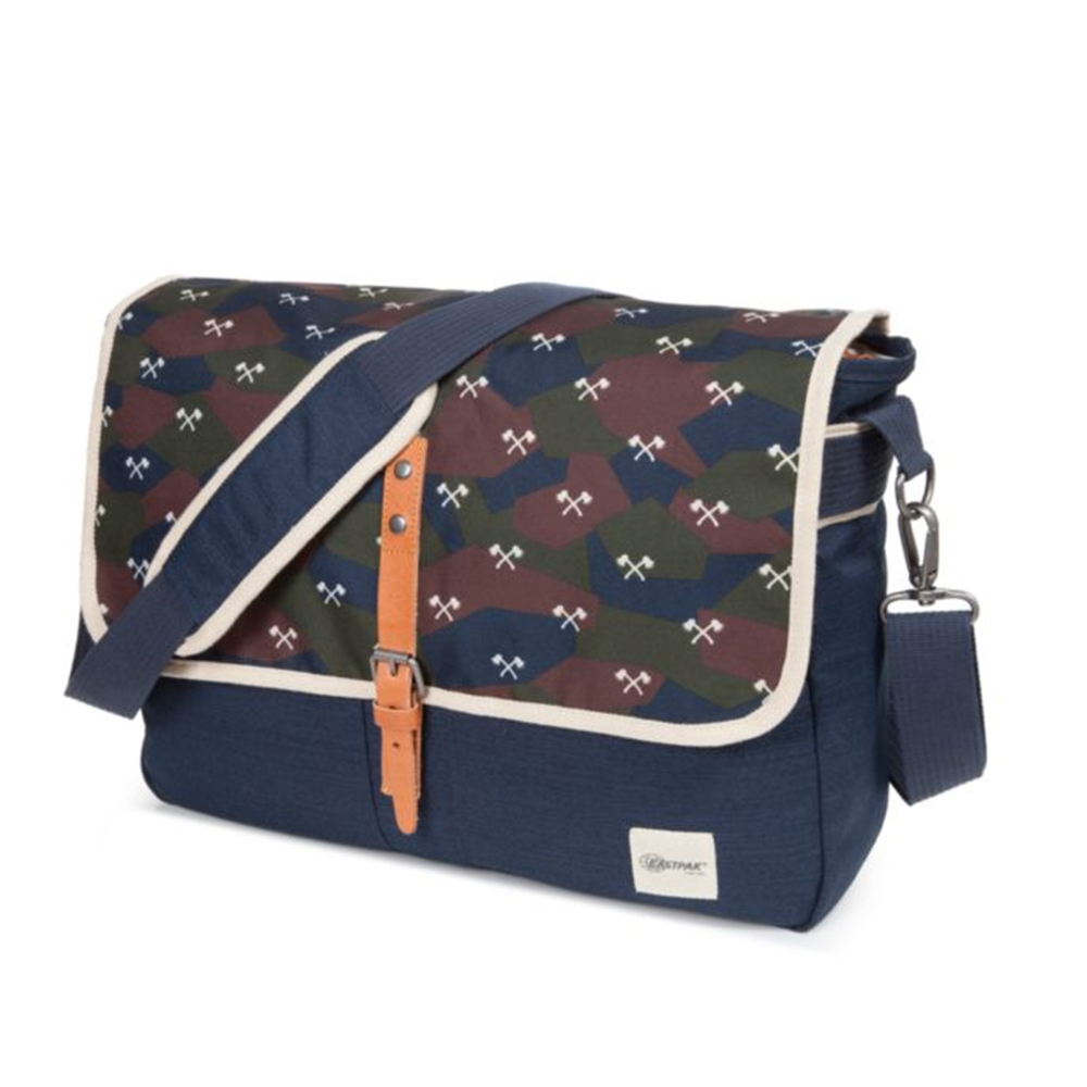 Eastpak Pucker Outwards Camo Geanta Laptop 15